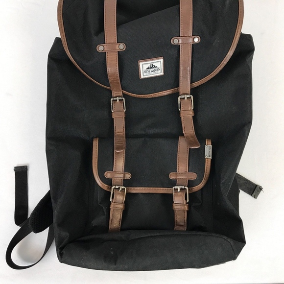 20333033af11 Steve Madden Utility Backpack. M 5a98b338331627774143d767